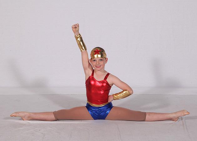 acrobatics-dancer-splits
